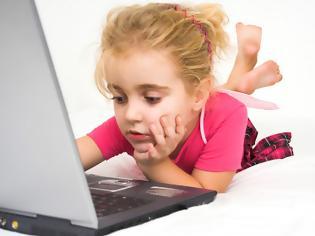 Φωτογραφία για Απαραίτητη πλέον η γονική συναίνεση για το σερφάρισμα των παιδιών στο διαδίκτυο (video)