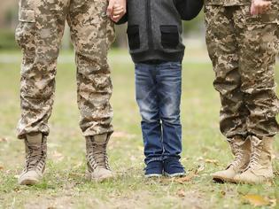 Φωτογραφία για Συνυπηρέτηση Συζύγων Στρατιωτικών