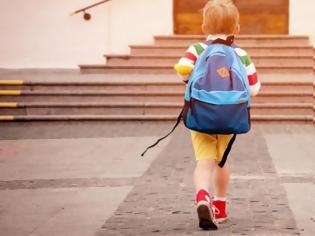 Φωτογραφία για Επιστρέφουν οι μαθητές στα σχολεία: Πότε ανοίγουν