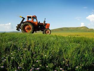 Φωτογραφία για Νέα τιμολόγια ΔΕΗ: Αυξήσεις στο αγροτικό ρεύμα