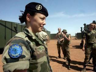Φωτογραφία για Αναβάθμιση της Εθνοφυλακής με συμμετοχή των γυναικών ετοιμάζει η κυβέρνηση