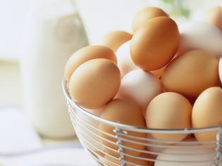 Φωτογραφία για Τι δείχνει το χρώμα και το μέγεθος ενός αυγού
