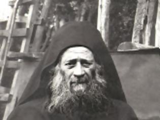 Φωτογραφία για 12470 - Θαυμαστά σημεία μετά τη κοίμηση του Γέροντα Ιωσήφ του Ησυχαστή