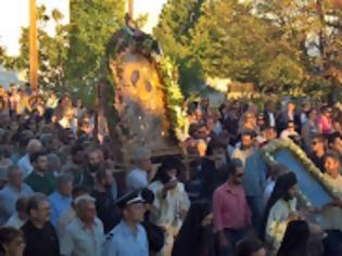 Φωτογραφία για 12479 - Η Θαυματουργός Εικόνα της Παναγίας Γοργοϋπηκόκου από την Ιερά Μονή Δοχειαρίου Αγίου Όρους στην πανηγυρίζουσα Ιερά Μονή Παναγίας Θεοσκεπάστου (Γεννήσεως Θεοτόκου) Σοχού