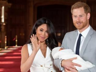 Φωτογραφία για Άκυρο σε πρόσκληση της Βασίλισσας Ελισάβετ να την επισκεφτούν, έριξαν οι Χάρι και Μέγκαν