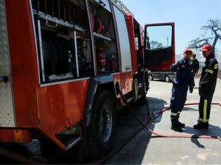 Φωτογραφία για Αυτοκίνητο «άρπαξε» φωτιά εν κινήσει – Επέβαιναν και παιδιά