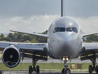 Φωτογραφία για Έφευγε για διακοπές και πέταξε το αεροπλάνο ο ίδιος επειδή δεν εμφανίστηκε ο πιλότος