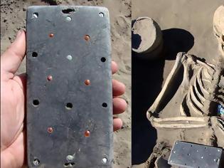 Φωτογραφία για Σιβηρία: Απίστευτη ανακάλυψη από ανασκαφή - Στο φως αρχαίο… iPhone   βίντεο