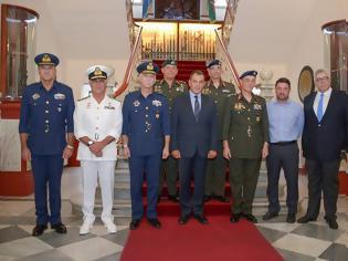 Φωτογραφία για Επίσκεψη ΥΕΘΑ Νικόλαου Παναγιωτόπουλου στο Γ' Σώμα Στρατού