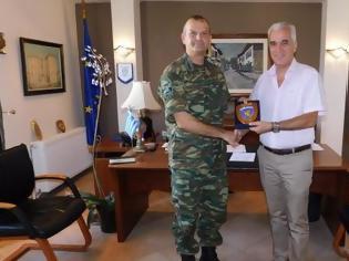 Φωτογραφία για Επίσκεψη του Διοικητή της 50ης Ταξιαρχίας στο νέο Δημάρχο Σουφλίου