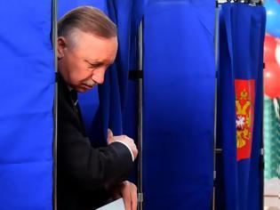 Φωτογραφία για Ο υποψήφιος του Κρεμλίνου, νικητής στην Αγία Πετρούπολη