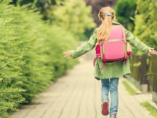 Φωτογραφία για Φέτος αφήστε το παιδί να πάει στο σχολείο με τα πόδια
