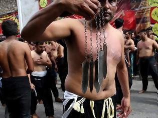 Φωτογραφία για Αυτομαστιγωμάτα στον Πειραιά για την σιιτική γιορτή της Ασούρα (φωτογραφίες)