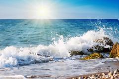 Τα μελτέμια «κρύωσαν» τις θάλασσες στο Αιγαίο