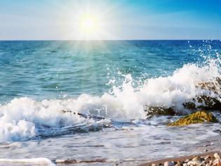 Φωτογραφία για Τα μελτέμια «κρύωσαν» τις θάλασσες στο Αιγαίο