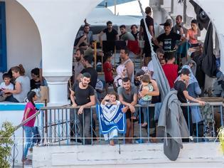 Φωτογραφία για Σε οριακό σημείο η Σύμη: Αστυνομικό τμήμα και λιμεναρχείο έχουν μετατραπεί σε άτυπα «hot spot» – Εικόνες