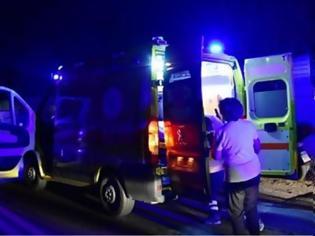 Φωτογραφία για Ένας νεκρός και πολλοί τραυματίες σε τροχαίο με μετανάστες