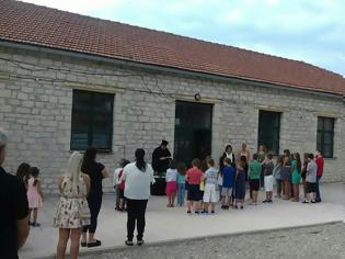 Φωτογραφία για «Πρώτο κουδούνι» με «κολοβή» παρουσία δασκάλων μετά τον υποβιβασμό του Δημοτικού Σχολείου ΑΡΧΟΝΤΟΧΩΡΙΟΥ