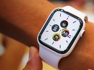 Φωτογραφία για Apple Watch Series 5 με 32GB αποθήκευσης και 2 λουράκια επιπλέον