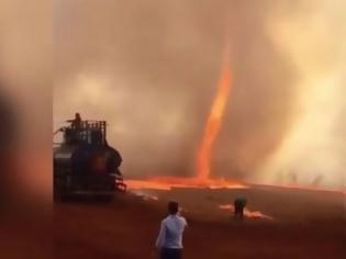 Φωτογραφία για Δεν είναι σκηνή από ταινία: Τρομακτικός ανεμοστρόβιλος φωτιάς