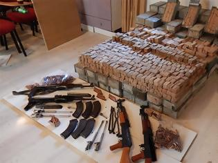 Φωτογραφία για Κύκλωμα εμπορίας καλάσνικοφ στην Κρήτη με Αλβανούς εμπόρους