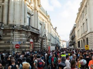 Φωτογραφία για Νέο κύμα αναβρασμού στη Γαλλία: Διαδηλώσεις για το συνταξιοδοτικό