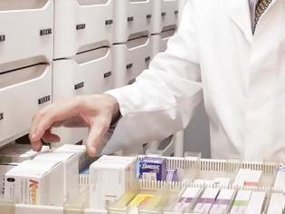 Φωτογραφία για Άνω – κάτω οι φαρμακοποιοί για την διανομή ακριβών φαρμάκων – Τι λένε οι ασθενείς