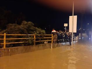 Φωτογραφία για Πολλά προβλήματα στη Θεσσαλονίκη απ'την πρώτη φθινοπωρινή νεροποντή