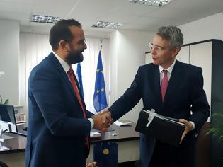 Φωτογραφία για Συνάντηση Νεκτάριου Φαρμάκη με τον Αμερικανό Πρέσβη Τζέφρι Πάιατ