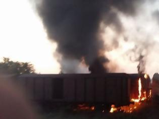 Φωτογραφία για Καθυστερήσεις σε δρομολόγια του ΟΣΕ, ύστερα από πυρκαγιά σε εγκαταλελειμμένα βαγόνια