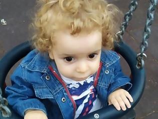 Φωτογραφία για Για δεύτερη φορά Απερρίφθει το αίτημα του μικρού Παναγιώτη Ραφαήλ για μετάβαση στις ΗΠΑ