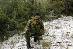 Η Ανδραβίδα αποχαιρετά τον Επιλοχία της, Πέτρο Αλεξανδρόπουλο