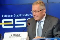 Κλ. Ρέγκλινγκ: Η διαδικασία μείωσης των κόκκινων δανείων στην Ελλάδα πρέπει να προχωρήσει όσο το δυνατό πιο γρήγορα