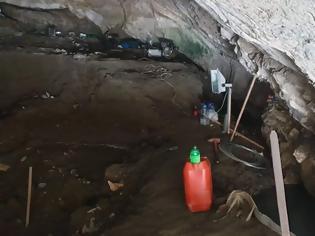 Φωτογραφία για Λαθρανασκαφή με... ερπυστιοφόρο σε φαράγγι των Ιωαννίνων!
