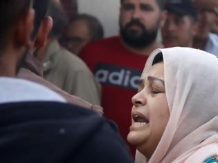 Φωτογραφία για Εφιάλτης στη Συρία: Δραπετεύουν τζιχαντιστές - Τραγικές οι εικόνες των εκτοπισμένων