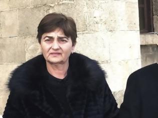 Φωτογραφία για Τους εκπαιδευτικούς γονείς της δολοφονημένης φοιτήτριας Ελένης Τοπαλούδη, επισκέφθηκε η υφυπουργός Παιδείας Σοφία Ζαχαράκη