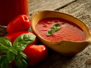 Φωτογραφία για Η μη μαγειρική χρήση της ντομάτας που ελάχιστοι γνωρίζουν