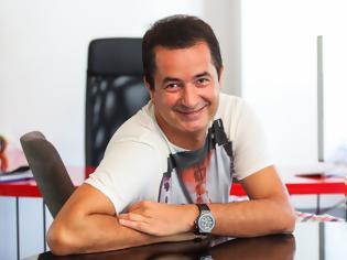 Φωτογραφία για Ατζούν Ιλιτζαλί: Η ανάρτηση του Τούρκου παραγωγού που προκαλεί αντιδράσεις