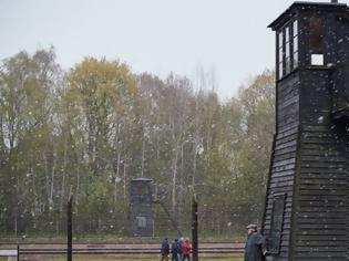 Φωτογραφία για Γερμανία: Σε δίκη 93χρονος πρώην φύλακας σε ναζιστικό στρατόπεδο συγκέντρωσης