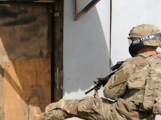 Φωτογραφία για Ισχύει;;; Διοικητής στο ΣΞ έσπασε με κλωτσιά πόρτα του σχηματισμού του;;;