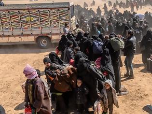 Φωτογραφία για Το Ισλαμικό κράτος ανακοίνωσε την «απελευθέρωση» γυναικών που κρατούσαν Κούρδοι στη Συρία