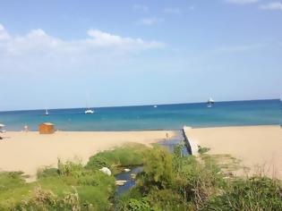 Φωτογραφία για Μεγάλη ρύπανση στην παραλία Ζέφυρου λόγω λαϊκής αγοράς