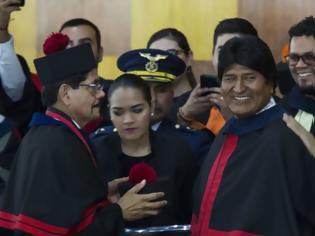 Φωτογραφία για Εκλογές στη Βολιβία: Νικητής με... ιστορικό χαμηλό στον πρώτο γύρο ο Μοράλες