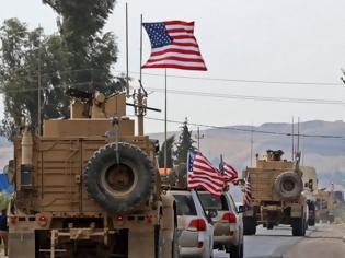 Φωτογραφία για Συρία: Κούρδοι πετούν πατάτες στα αμερικανικά στρατεύματα που αποχωρούν