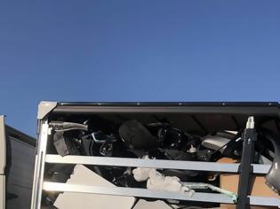 Φωτογραφία για Φορτίο με κλεμμένα ανταλλακτικά οχημάτων βρέθηκε στην Πάτρα