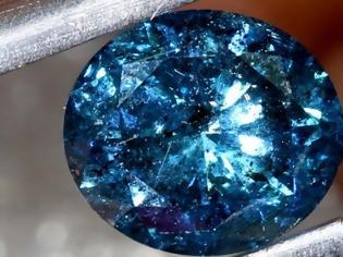 Φωτογραφία για Κινηματογραφική ληστεία στο Βόλο: Αφαντο μπλε διαμάντι αξίας 500.000 ευρώ