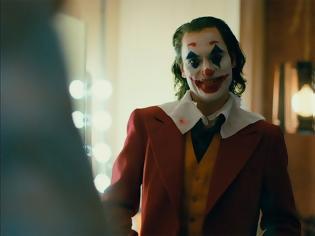 Φωτογραφία για Μαίνεται η πολιτική κόντρα για το Joker - Η πρώην γγ Πολιτισμού διαψεύδει ότι κάλεσε την αστυνομία
