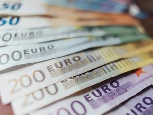 Φωτογραφία για Πρωταθλήτρια στη μείωση του κόστους δανεισμού η Ελλάδα το 2019