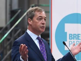Φωτογραφία για Brexit: Πτώση για το κόμμα του Φάρατζ μετά την απόφασή του να μην είναι υποψήφιος στις εκλογές