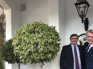 Φωτογραφία για Πάιατ για επίσκεψη Πάλμερ: Απόδειξη του ηγετικού ρόλου της Ελλάδας